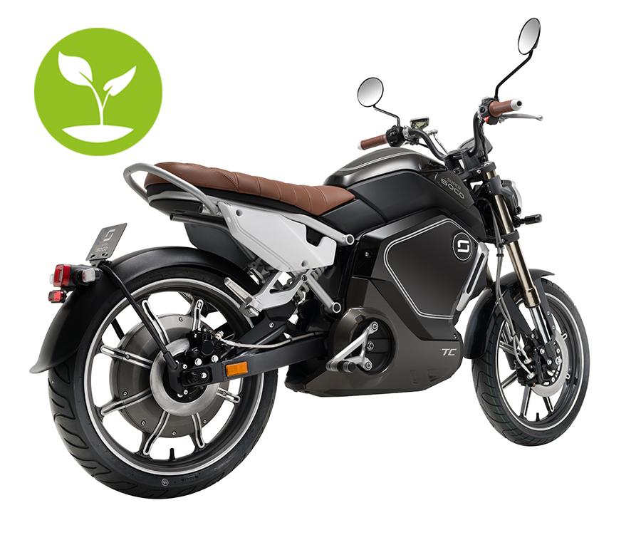 Super Soco TC Elektromotorrad 45 er mit grünem Baum in schwarz