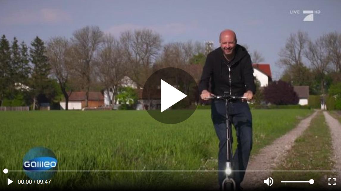 eScooter Test von Galileo Fernsehteam
