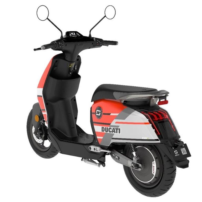 Elektroroller Super Soco CUX Ducati Rückansicht