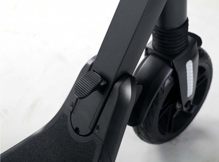 eScooter Lehe V 3 Klappmechanismus vorne und Vorderrad